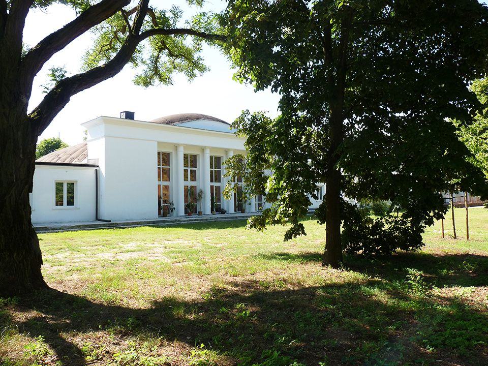 biały dom konstancin